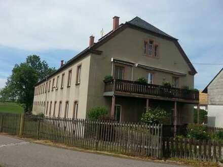 Schöne fünf Zimmer Wohnung in Mittelsachsen (Kreis), Rossau