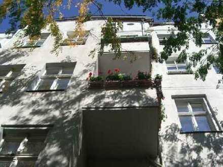 !! Bezugfrei 2-Zimmer Wohnung in Kreuzberg - Graefekiez !!
