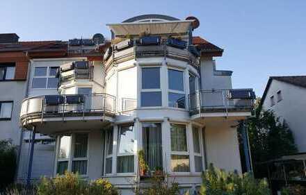 Stilvolle 5-Zimmer-Wohnung mit Balkon und Einbauküche in Frankfurt am Main