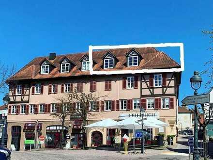 Vollständig renovierte 2-Zimmer-Maisonette-Wohnung mit EBK in Waldenbuch