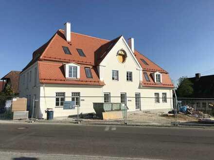 Erstbezug nach Komplett-Sanierung mit Balkon: attraktive 3-Zimmer-Wohnung in Tandern