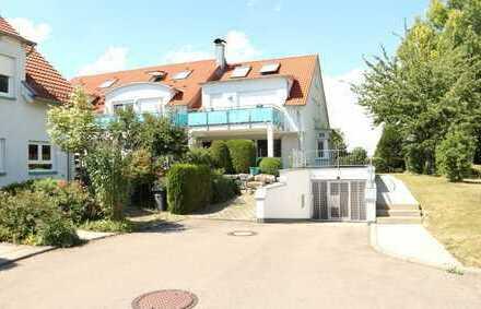 Weg vom Standard- Hin zur Individualität, Neuwertige 4,5 Zimmer Erdgeschoss Wohnung in 71149 Bondorf