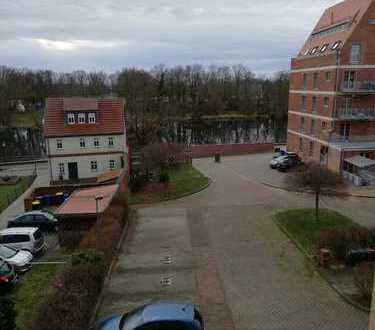 Wohnen, wo andere Urlaub machen! Schöne 3-R-Wohnung mit Blick zur Havel zu vermieten