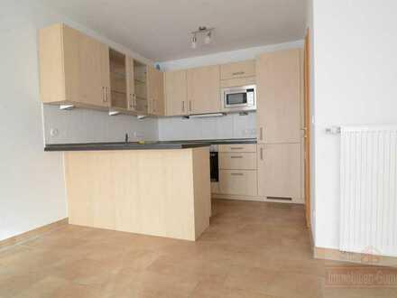 IMMOBILIEN GUMNIOR präsentiert: 2-Zimmer-Wohnung mit Balkon und Einbauküche im Zentrum von Spelle