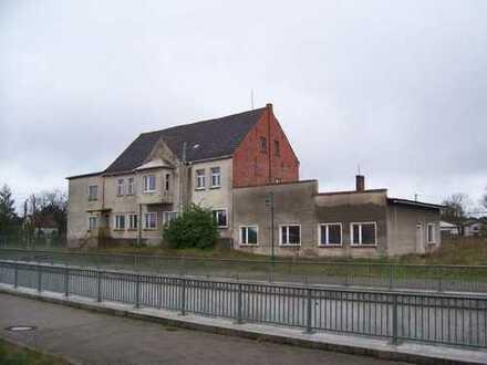 ++ sanierungsbedürftiges Mehrfamilienhaus in Glöwen, Mietkauf möglich !!! ++