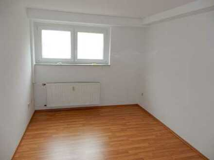 Renov. Soutarrain-Wohnung mit eigenem Eingang