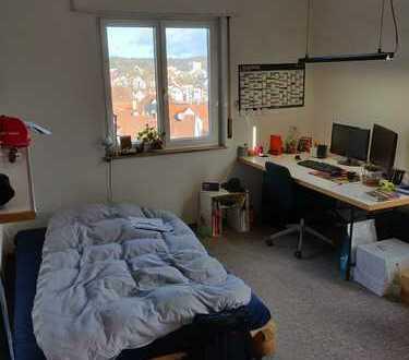Helles WG-Zimmer ca. 18qm in Stuttgart-Botnang