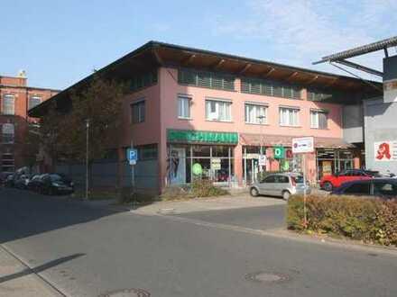 Bezugsfreie Büro-/Praxisräume mit Aufzug und Parkplätzen in Forchheim