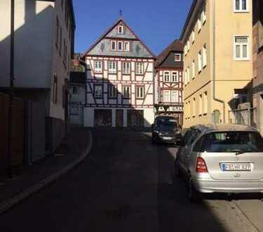 Schickes Ladengeschäft in modernisiertem, historischen Fachwerkhaus