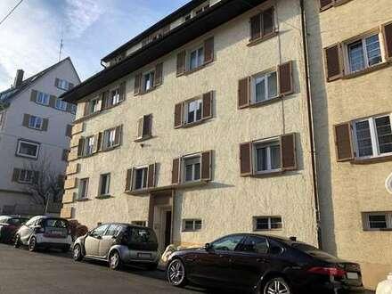 ausbaufähige WG taugliche 5-Zimmer-Wohnung