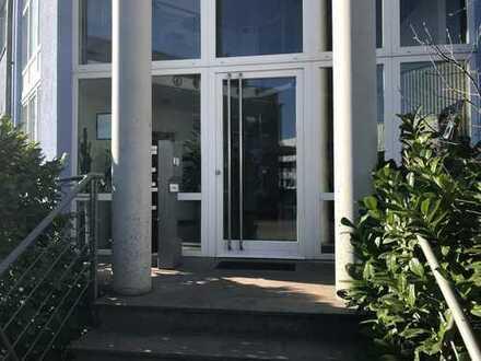 "Repräsentative Büroetage (2. OG) ""Am Sandfeld"" in Karlsruhe-Neureut zu vermieten"