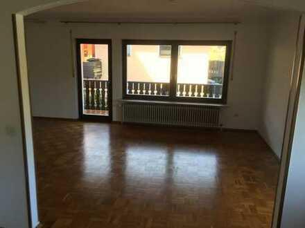 Schöne, geräumige 3,5 Zimmer Wohnung in Rhein-Neckar-Kreis, Wilhelmsfeld