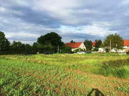 2 Grundstücke nahe den Hopfenfeldern