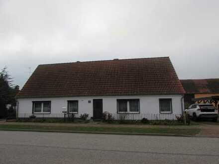 RESERVIERT - Einfamilienhaus mit großem Grundstück in Breddin