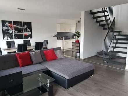 Exklusive 3,5- Zimmer Neubau-Maisonettewohnung in direkter Feldrandlage