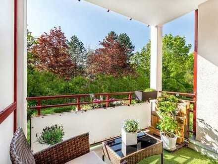 Sehr gepflegte, helle 2-Zimmer-Wohnung mit Balkon in Isarnähe