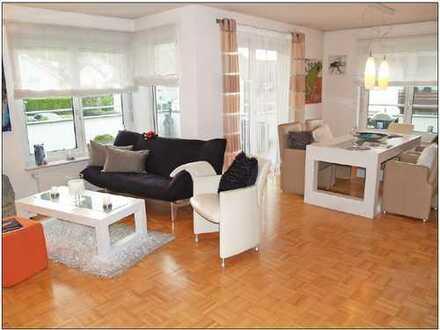 Sehr schöne neuwertige 3-Zi-Wohnung mit großem SW-Balkonbereich (42qm)