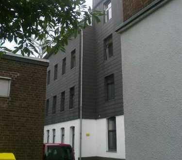 DOMINI bietet! Aachen-Schöne 1 ZKDB - Wohnung im 3. OG mit Einbauküche ...!