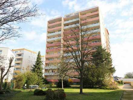 **Erstbezug nach Sanierung** Sanierte 3-Zi.-Wohnung mit Loggia in Lampertheim