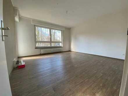 Schöne 5-Zi. Wohnung,in Frankfurt Nordwest