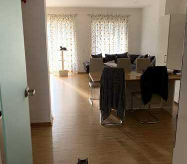 Freundliche 4-Zimmer-Erdgeschosswohnung mit EBK in Fürth