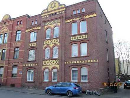 Preiswerte, modernisierte 4-Zimmer-Wohnung mit Balkon in Lütgendortmund