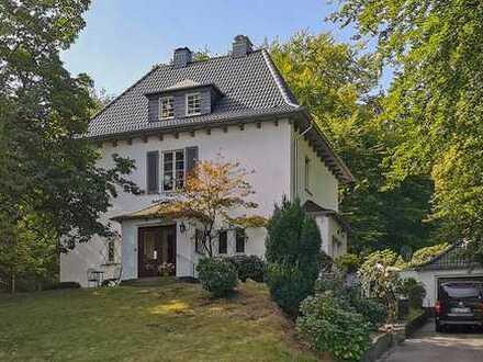 Modernisierte Villa mit großem Sonnen-Garten in bester Lage von RS-Hasten!