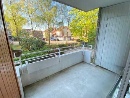 Großer West-Balkon, Aufzug, Wohnung barrierefrei zu erreichen. Dortmund-Aplerbeck