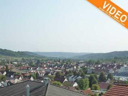Rudersberg- Traumhafte DG Whg. mit Loggia,Balkon u. Einzelgarage