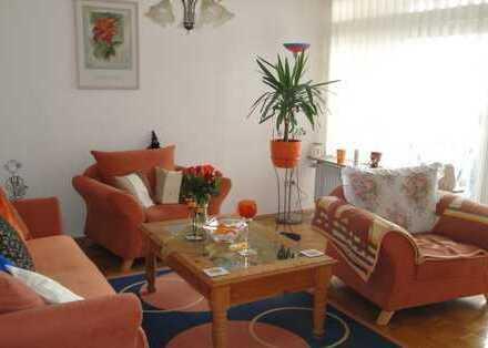 Zentrale und großzügige 3-Zimmer Wohnung in Donnerschwee mit Balkon!