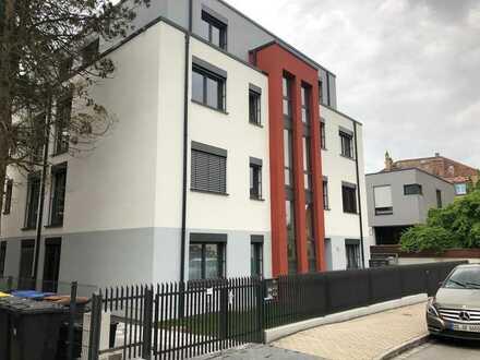 Neubau - großzügige Penthouse-Whg. mit Aufzug und TG in sehr guter Lage in Bühlau