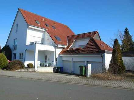 Provisionsfrei, 3 Zimmer Maisonette Eigentumswohnung mit Terrasse, Garten, Garage und Stellplatz