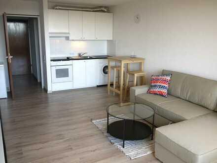 Vollmöblierte helle 1-Zimmer Wohnung mit Balkon