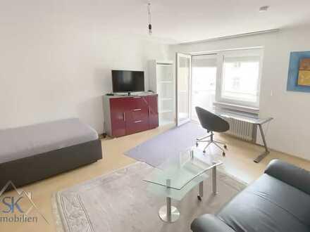 Koffer packen und einziehen- schöne, zentral gelegene u. möblierte 1-Zi-Wohnung ca. 36 m² mit Balkon