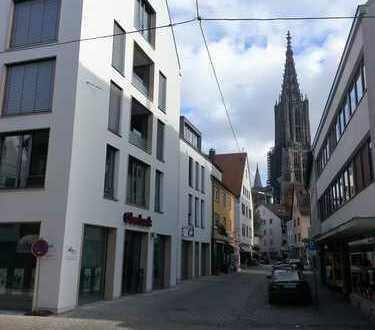 Wohnen mitten in der Stadt - direkt neben dem Ulmer Münster - mit Loggia - 2 Bäder