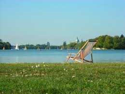 Frei * Hannover * Best - Lage * DG * kleiner Altbau * teilmöbliert * EINBAUKÜCHE *