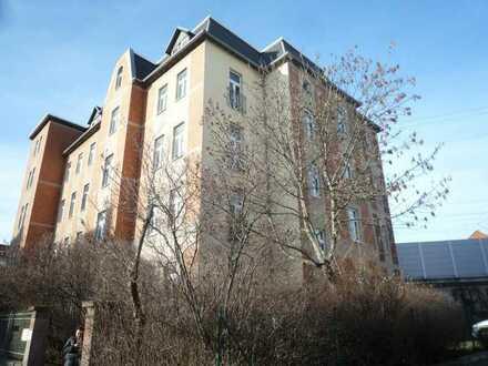 2-Zimmer + Küche mit Fenster, Bad, Gäste-WC, Keller, Schillerstr. 66, 3. OG mitte WE 10