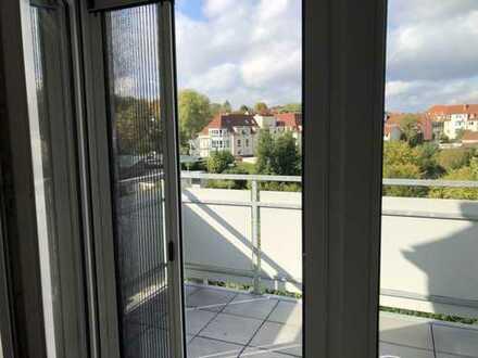Helle, geräumige Wohnung in Toplage (Altstadt)