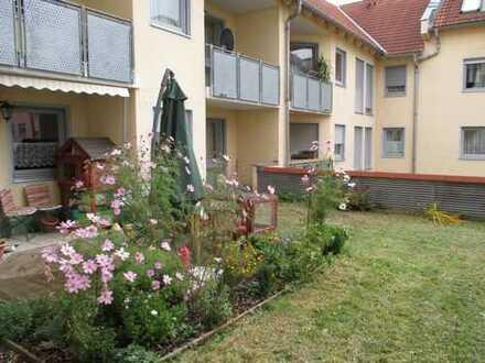 Tolle 2-Zimmer-Erdgeschoss-ETW mit Terrasse, Stellplatz und Garten in Plauen