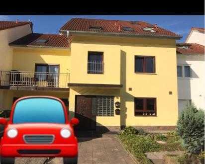 Neuwertige 5-Zimmer-Wohnung in Karlsruhe