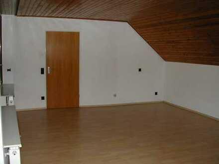 Großzügige Dachgeschoßwohnung in Oberstenfeld - Gronau