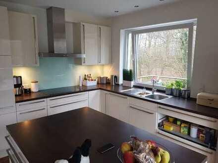 Gepflegte 4-Zimmer-Wohnung mit Balkon und Einbauküche in Münster