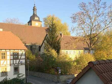 Dachatelierwohnung im historischen Ortskern von Oberndorf, ruhig, idyllisch...