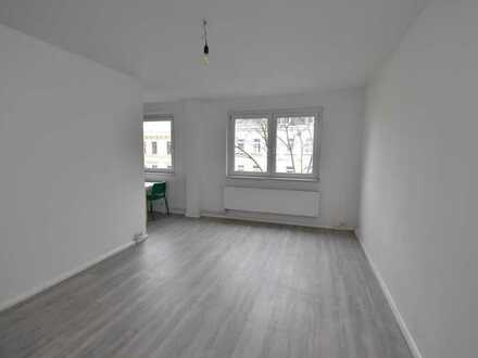 Wohnen mit Stil! // Zimmer mit Einbauküche in Zentrum-West // Ab sofort