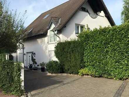 Architektenhaus in guter Lage Bonn Beuel. Provisionsfrei!
