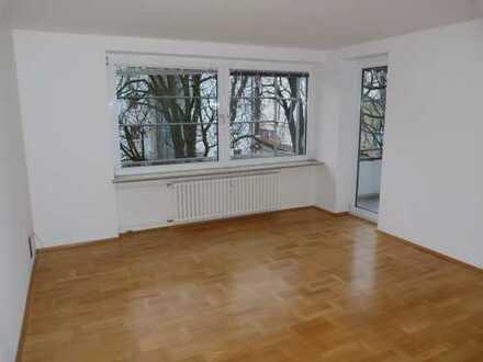 ***Von Privat ohne Provision - 3 Zimmer Wohnung in Berg-am-Laim, München sofort bezugsfrei ! ***