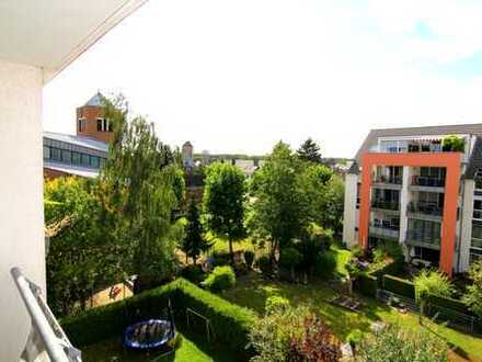 Zink Immobilien: Charmante 4 Zi.-Wo., Parknähe, Tiefgaragenplatz EBK auf Wunsch