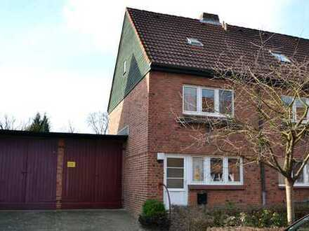 Seltenens Frank´sches Endreihenhaus mit Garage und doppelter Gartenbreite in Klein Borstel