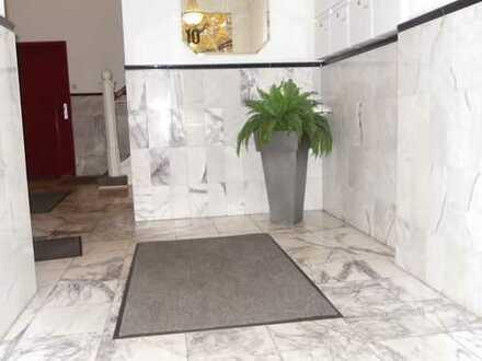 Möblierte 2 Zimmer Wohnung Ecke Außenalster/ ab 1 Monat anmietbar/ ab 22.12.2019 frei