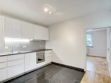 Sanierte 3 Zimmer Wohnung, zentrale Lage, 80qm, Monheimsallee